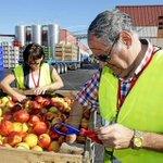 [VÍDEO] Els agricultors de Lleida porten la protesta del veto rus a Barcelona. http://t.co/qbfIkBDJBr http://t.co/3myaEe9d2T