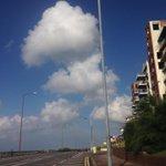 Couldnt resist. #southend @LoveSouthendUK @SouthendSharing @VisitSouthend fantastic cloudscape! http://t.co/AcUk6gIeL7