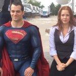 #Superman y Lois Lane se unen a la campaña 'Ice Bucket Challenge': http://t.co/sdDPq6kKaI http://t.co/cxLhE5Q3Sq