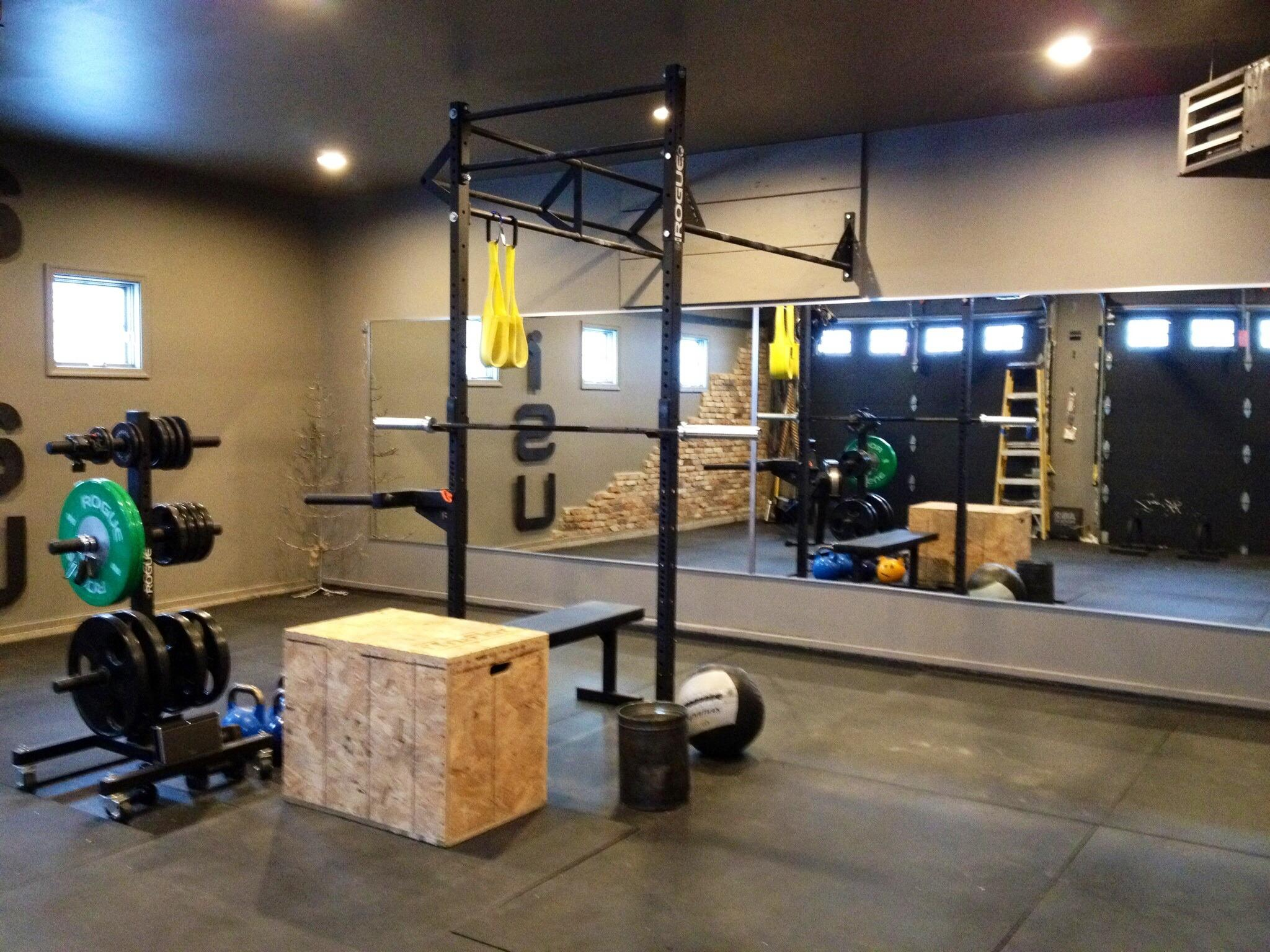 Rogue Fitness On Twitter Garage Gym Setup Courtesy Of Maria Berg Http T Co Nai40jikiy Oyotj1uxsp
