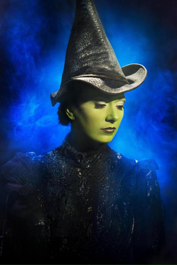 So thrilled with these new #WickedUkTour pictures by @MrMattCrockett. http://t.co/ndG3gwingy
