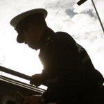 Uniformado de la Armada de Chile reconocerá públicamente hoy su homosexualidad http://t.co/eJNAt81i2Q http://t.co/MrxDiZfsVj