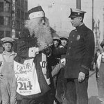 RT @DTLAL: (L-R) c.1920s #LAPD Officer Voy Kay Apt w/ Santa on Broadway #DTLA c. 1920s & w/ Officers @LAPDLee #LA #CA http://t.co/CIQ7Nwit9m