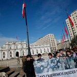 100 peruanos en la marcha en Tacna, superando con creces marcha de @JuventudRN del 2011 contra el paro en educ jajaja http://t.co/1BbHYrElzm