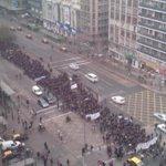 Marcha de estudiantes por la Alameda con Mac Iver. Precaucion! @reddeemergencia @Carabdechile @sitiodelsuceso @biobio http://t.co/8lHK0w1Ce9