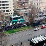 RT @AhNoticiasMega: Estudiantes marchan por la calzada sur de la Alameda http://t.co/Jn0jqdSlau http://t.co/vqjgjUFWw5