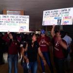 #LARA #27A con pancarta en mano estudiantes dijeron no al Captahuella http://t.co/cClmyLAoHb
