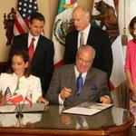 RT @ruizmassieu: #México y #California fortalecerán la cooperación en turismo con la firma de ayer de un Memorándum de Entendimiento. http://t.co/kLyyR5LFOF