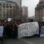 Marcha de estudiantes de liceos emblemáticos llega a Los Héroes sin incidentes http://t.co/kPaWyguxbA http://t.co/LxQZbg8Tvc