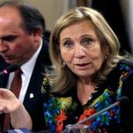 "RT @RadioDuna: Helia Molina: ""Yo no creo que el sistema de salud chileno sea malo"" http://t.co/e14zG2mxk1 http://t.co/9rTpc5TDkC"