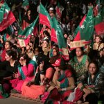 Right now at Seaview #AzadiDharna listening to chairman Imran khan speech http://t.co/alf1VyxwzU