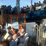 Acuden con banderines y leyendas de apoyo a León Febres Cordero durante inauguración de busto http://t.co/0lllAqr5QI vía @SGomezEcu13