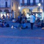 RT @laviniazuc: #Padova ricordando Piazza delle Erbe quando cera qualcuno! @massimobitonci #nonciavretemaicomevoletevoi http://t.co/cQWlN1znBM