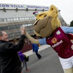 Bella is in good spirits pre-match. #AVFC #LOFC #AVFCLIVE http://t.co/WA1npz543h