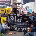 RT @Zairaazul: - Srta. Laura me robaron la bandera, las camisetas, las sardinas, hasta los tostitos - QUE PASE COMANDO SVR http://t.co/lVdQzRB10f