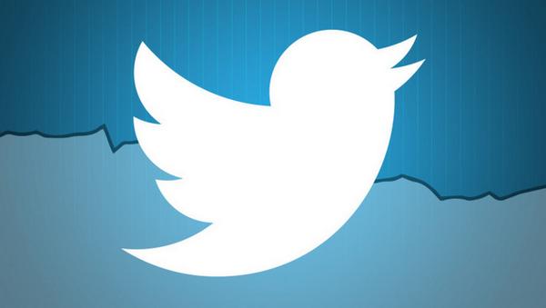 Twitter libera seu Analytics para quem não é anunciante \0/\0/\0/ | https://t.co/TJD5HHF6cG http://t.co/DkTjmQhSZP