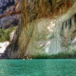 Paissatges increibles del nostre país: congost de Mont-Rebei, Lleida http://t.co/bjJsGgMJ5V