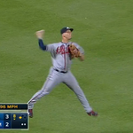 VIDEO: Andrelton Simmons' incredible jump throw saved the Braves a run and looked impressive http://t.co/99EwjwCDFM http://t.co/hAlHBXQ9iY
