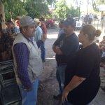 RT @JavierDagnino: Cualquier actividad irregular como la comercialización de despensas y agua llamen al #066 @rromerolopez #RioSonora http://t.co/l1WPc73Q2P