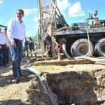 Gob.@guillermopadres ¡Les cumple! inicia construcción en Huépac de uno de los nuevos pozos que habrá en el #RíoSonora http://t.co/MpGX3YVdo9
