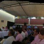 Con la gente, por la gente y entre la gente @guillermopadres #SalvemosalRio http://t.co/Di9dboXemX