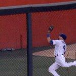 RT @MLBFanCave: @Royals Alex Gordon is a boss. http://t.co/epoyTHCiT3