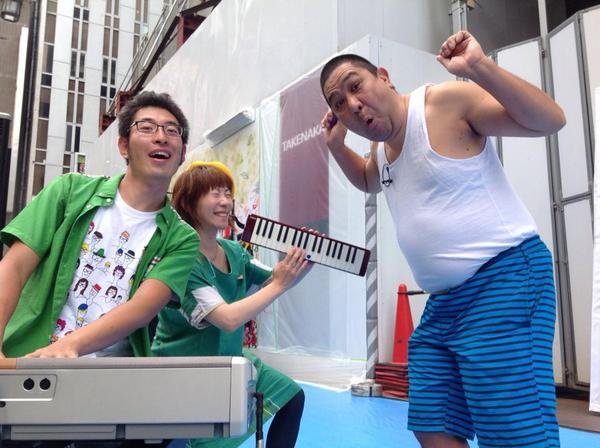 本日NHK総合11:05〜11:54の番組で、新宿クリエイターズフェスタの事が少し取り上げられ、先日のコマ劇跡地ライブペインティングの様子も流れるようです。子供達の眼差し、蟹江杏ちゃんの絵、夢みたいだったな。私もちらっと映り込むかな? http://t.co/K75OqFRIgF