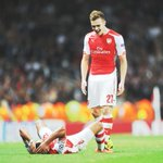 RT @davidhickman14: Chambers and the Ox at the end #Arsenal http://t.co/KfTZ1SNxZ8