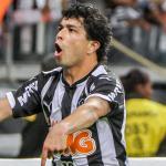 RT @radioitatiaia: Atlético vence Palmeiras no Pacaembu e fica a um empate das quartas de final da Copa do Brasil:http://t.co/VTY0d5IAd0 http://t.co/gSKgcIy1Uc