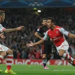 17 consecutive years in the champs league. We are the Arsenal n we have Alexis.#COYG http://t.co/HE0gJ1FBfg