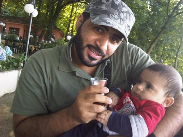 لن ننسى، عبدالله الهاجري، الشاب الطموح، رئيس الاتحاد الوطني للطلبة، معتقل في الإمارات منذ 3 سنوات. http://t.co/G9H8eGTR3O