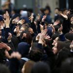 Contro i tagli sullistruzione. Santiago del Cile. Foto Reteurs. @la_stampa http://t.co/cTiR8eGwUr