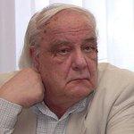 Владимир Буковский: «Я готов приехать и обучить Порошенко посылать Путина. У меня хороший опыт»http://t.co/nNxCHCFk7W http://t.co/0z0p2177nu