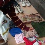 Carioca coloca roupas em rua do Rio para doação: Se precisar, pegue http://t.co/qvLu7Feo6O #G1 http://t.co/u5H3GWZk05