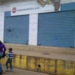 RT @CarlosSuniagaG: Así permanecen los comercios en El Callao. #Paro cívico por #inseguridad. #Bolívar #Venezuela http://t.co/6lBNX6LCQB