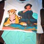My new surprise pyjamas off Leigh! 😍😍😍 ❤❤❤ 😘😘😘 xxjadexx http://t.co/C7Sj8K9aSB