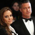 """@g1: Angelina Jolie e Brad Pitt se casam na França, diz agência http://t.co/DtOE6CfLUZ #G1 http://t.co/cBhx9l63Vu"" ♥♥"