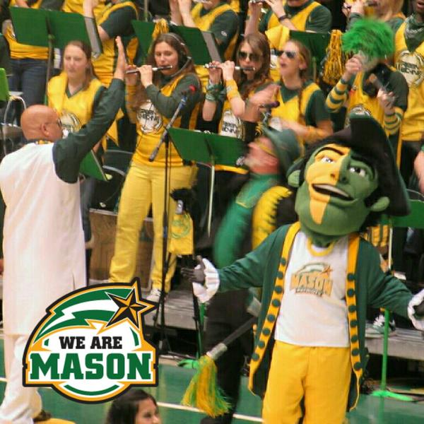 If you're not following @docnix12 and @gmugreenmachine, go do it now! #collegecolors #WeAreMason http://t.co/gpeZkSnQBT