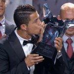 RT @ricardoicaza507: Mejor jugador de la Champions 2013/14 Cristiano Ronaldo... Había dudas? http://t.co/mlGxP8PRYo