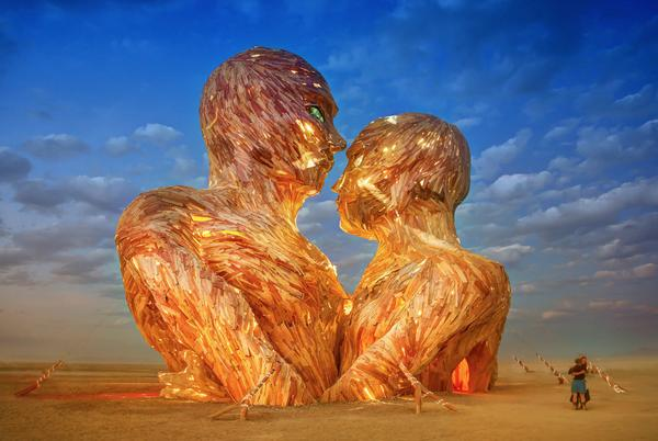 "Here at Burning Man - here's ""Embrace"" - what an amazing piece of art! @burningman #BurningMan http://t.co/xCHVe3qmzc"