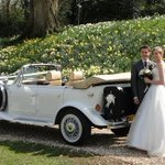 RT @mjt72: Hi #bridehour we have a mix of modern & vintage style wedding cars in #Bristol & #Somerset http://t.co/GzbeJTd1vK http://t.co/HQHu1aolXV