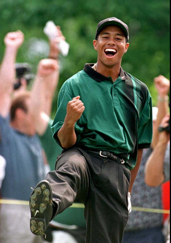 18 years ago today, a young golfer named Tiger Woods turned pro at the Greater Milwaukee Open. (AP/ Morry Gash) http://t.co/G1Sjt6Nt3P