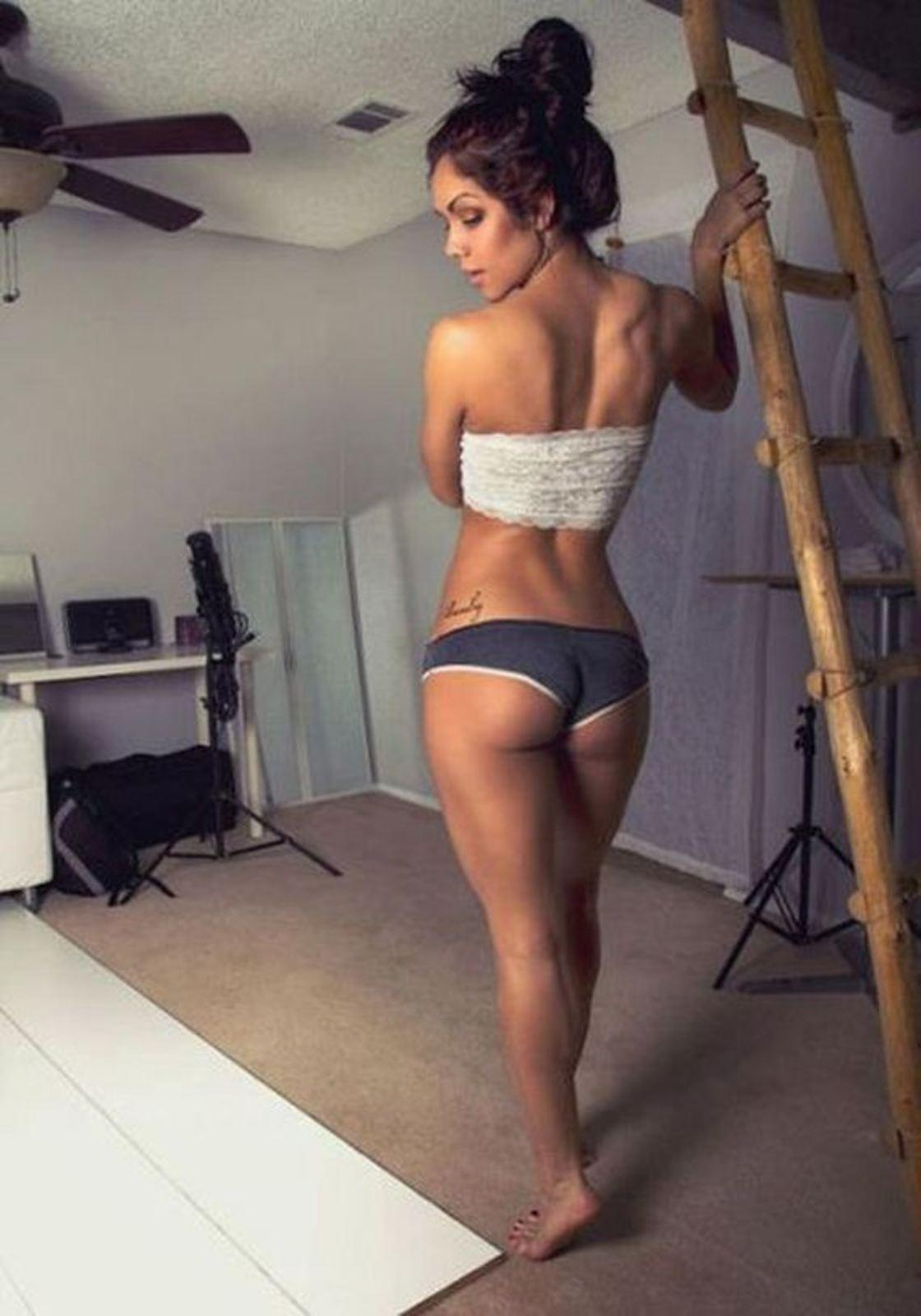 Sporty ebony babe Jade Nacole showcasing her petite curves outdoor  1495135