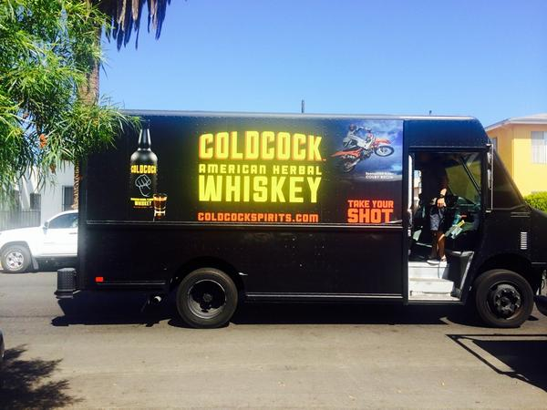 Curbside service from @coldcockwhiskey for our #tailgate Saturday at USC. Who's coming? #FightOn #gameday http://t.co/pWdRpiN3bw