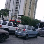 Lara con Bracamonte, sin semáforo y sin sentido ciudadano #Barquisimeto http://t.co/G8P637gWYa