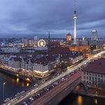베를린이 여전히 힙한 10가지 이유. 베를린은 아직 죽지 않았다. http://t.co/fVpsJdnOjZ http://t.co/RwyQh9e7kp