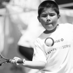 RT @Chase: This #USOpen, help #ReturnTheServe with @USTA_Foundation to support youth tennis! Vote now: http://t.co/qrdrvvCBQT. http://t.co/kV9vuV7qiw