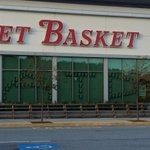 ATD- back on the job! Workers, customers & vendors- back in the stores! Hear from everyone @11 #wcvb #MarketBasket http://t.co/sd9WZ5Rs07