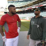 RT @Angels: Gold chain mustache for a Golden State face-off? #HalosBP #LAAvsOAK #Angels http://t.co/2VwH8vOBf5