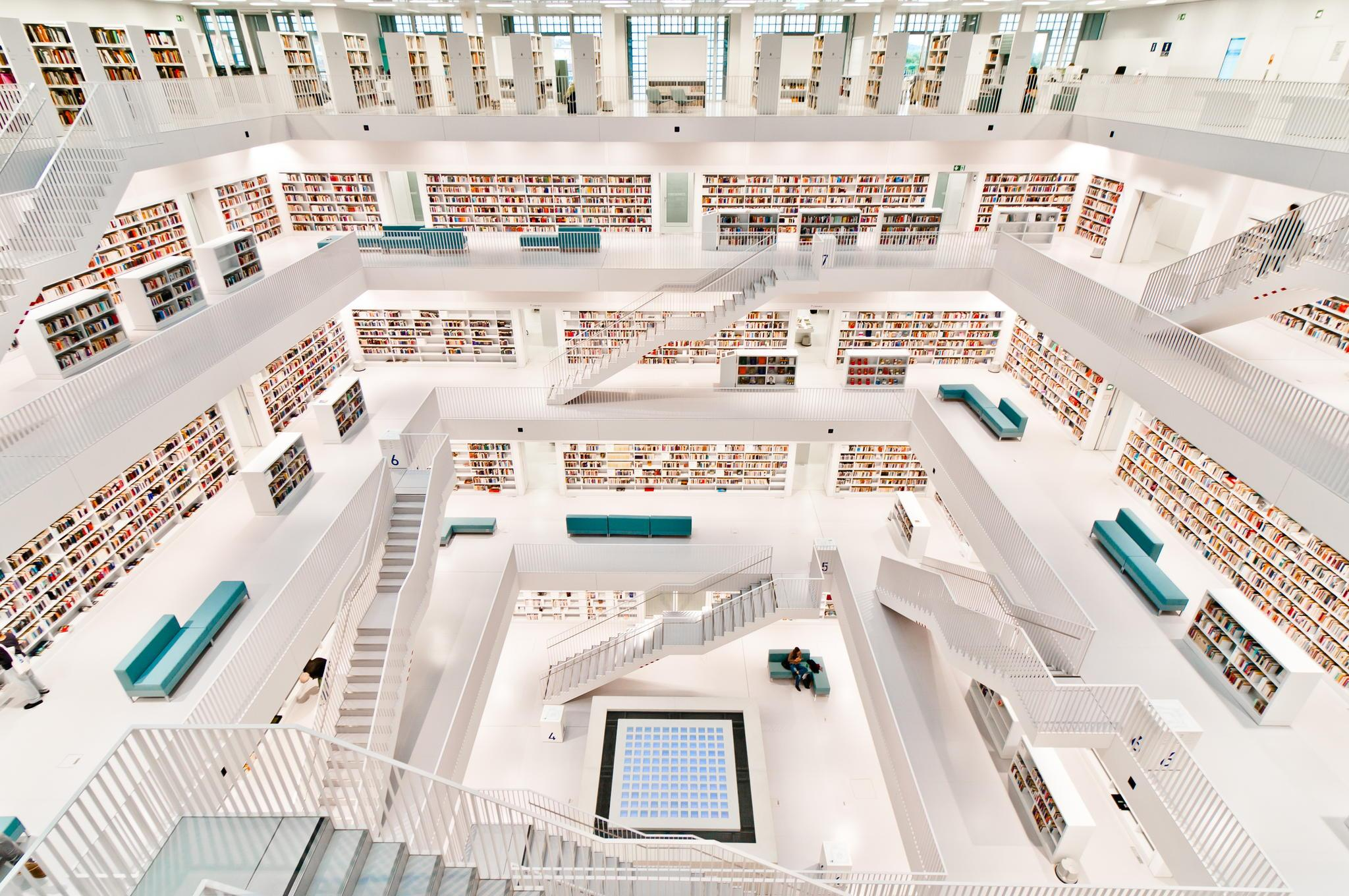 This is the public Library in Stuttgart, Germany. Fancy a visit? http://t.co/Ls1vxYTW90